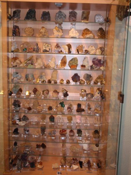 Fmf foro de mineralog a formativa ver tema vitrinas - Vitrinas de cristal para colecciones ...
